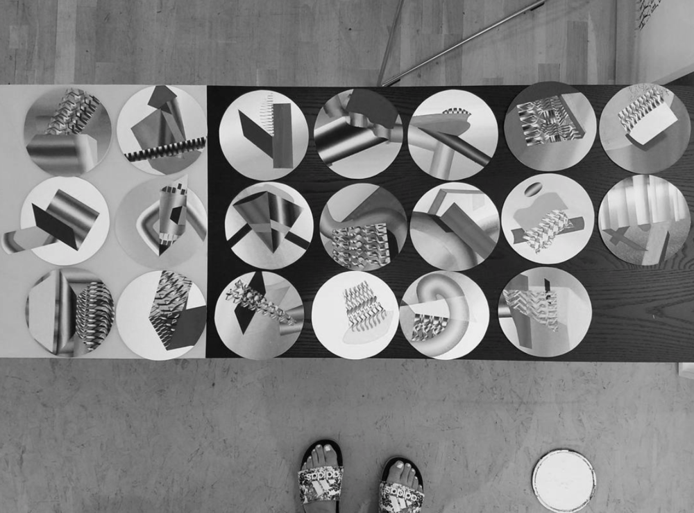 Vanessa-Irzyk-studio-circle-paintings-Neesh.png