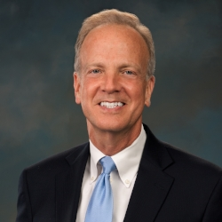 231FB309FE801DF25953390033B1CE70.2011-official-headshot--senator-jerry-moran.jpg