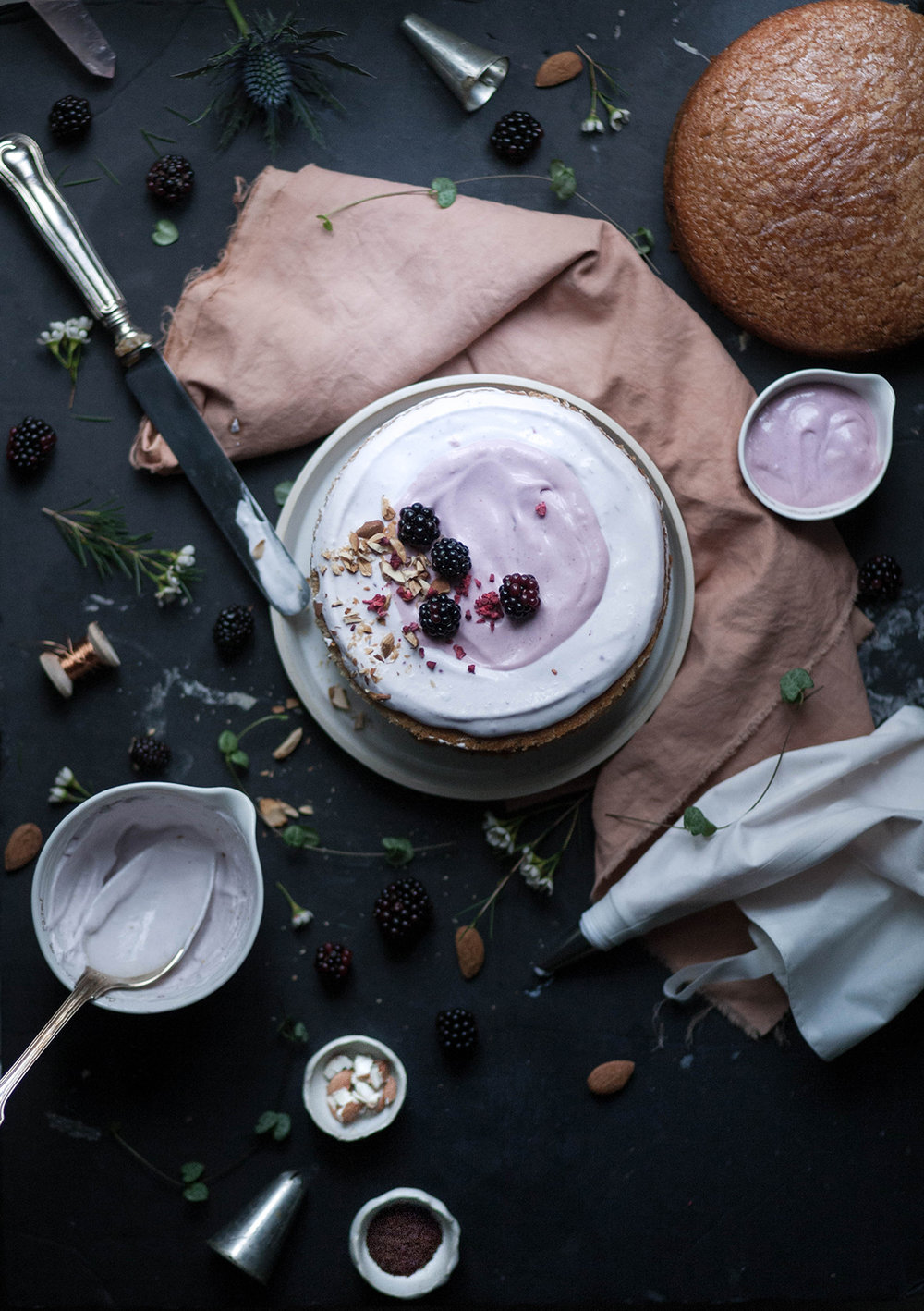 almond blackberry_salvialimone