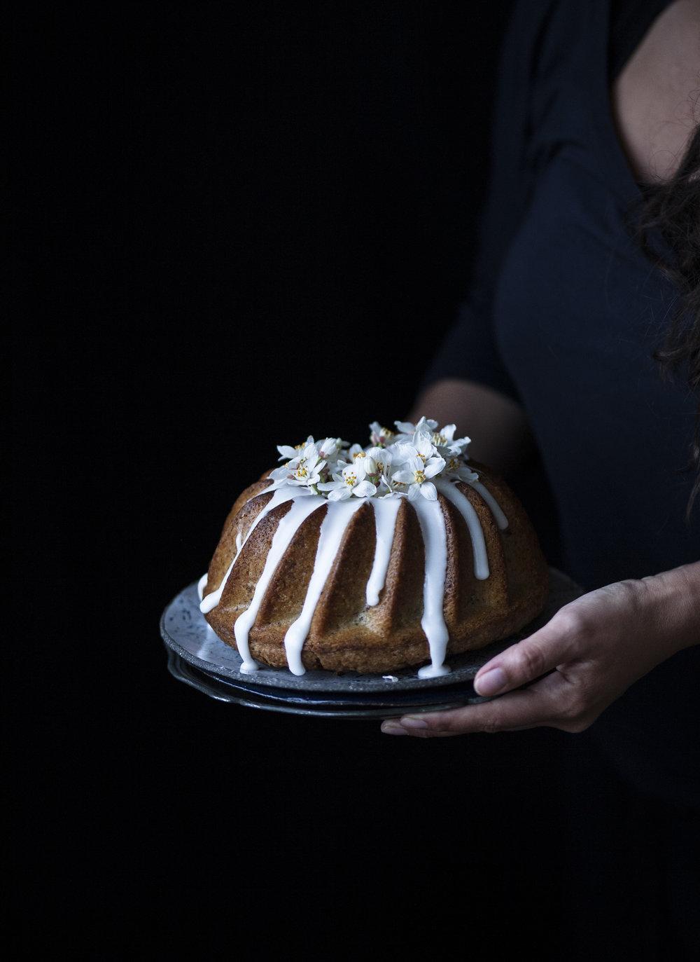 Vegan Lemon Drizzle Bundt Cake_salvialimone