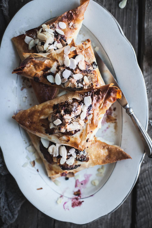 easy frangipane hand pie