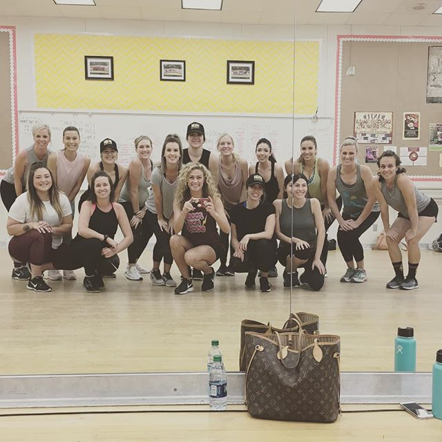 A couple of weeks ago we had the pleasure of joining #Fresnofabfemales for an amazing workout!! We absolutely adore this talented and amazing group of women! They are movers and shakers and @highfitnessshannon literally got us all moving and shaking! If you haven't tried High Fitness yet, do yourself a favor and give it a go! Happy weekend friends!  #fresnofabfemales #womenempoweringwomen #highfitness #plusheventsca