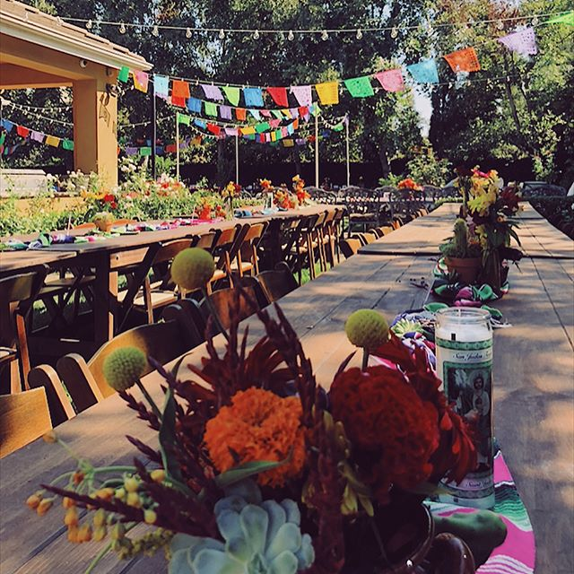 Humbled that we could be a part of such an intimate and special 90th birthday celebration! Special thanks to our incredible vendors for helping to bring this vibrant fiesta to life: Simply Flowers, Love & Garlic, Light Up The Walls. #plusheventsca #fiesta #fiestaliketheresnomanana #eventdesign #eventcoordination