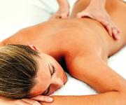 MASAJE HOLISTICO. Técnica de Masaje Relajante que ayuda a disminuir el nivel de estrés del cuerpo y mejora el estado de salud.