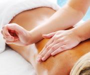 MASAJE DEEP TISSUE. Técnica de Masaje Descontracturante que ayuda a disminuir las contracturas o nudos de la espalda.