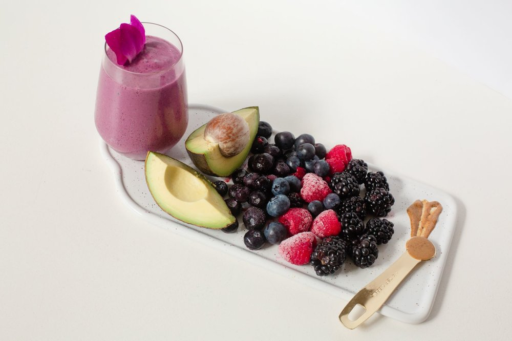 TRAVELER  — avocado, berries, cinnamon, almond butter, honey, soy milk. recommended boost: cordyceps
