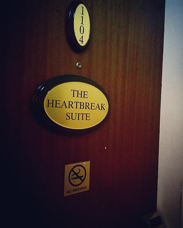 the hotel room tonight  #Dublin #sweetheartbreak