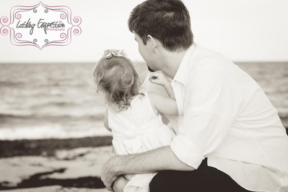 andritofamily-24logo.jpg