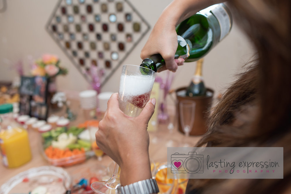 bridalshower-vanessa-logo-96.jpg