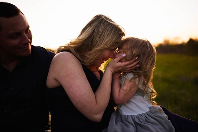 Butterfly kisses. . . . . Mama & Me Sessions Booking now! Link in Bio!  . . . . . #photographer #photography #familyphotography #familyphotographer #childphotographer #goldenhour #autumn #featurememozi #lightinspired #sunset #dearphotographer #momtog #lifecaptured #adobe #nikon #kenosha #motherhood #momlife #kenoshaphotographer #milwaukeephotographer #lakecountyphotographer #chicagophotographer #kidsofinstagram #kids #engineerseyephoto #lifestylephotographer #wisconsinfall #kenoshafun #mamaandme #mothersday