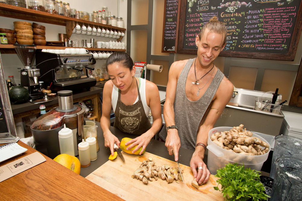 Marianna & Ryan bring their love and mindfulness to the nourishing food and drinks they make for you.