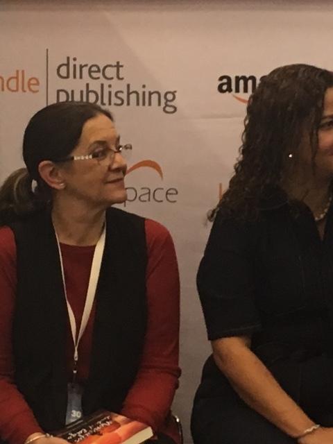 Mercedes Pinto Maldonado Feria Internacional del Libro de Guadalajara 2016 - 29