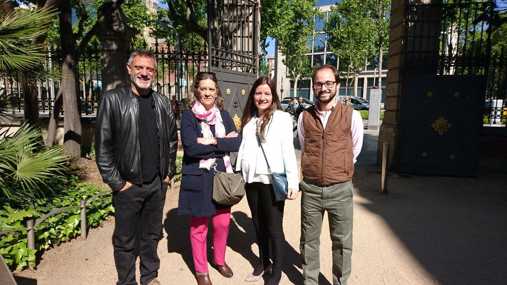 Paseo de la Fama de la literatura con parte del equipo de Amazon