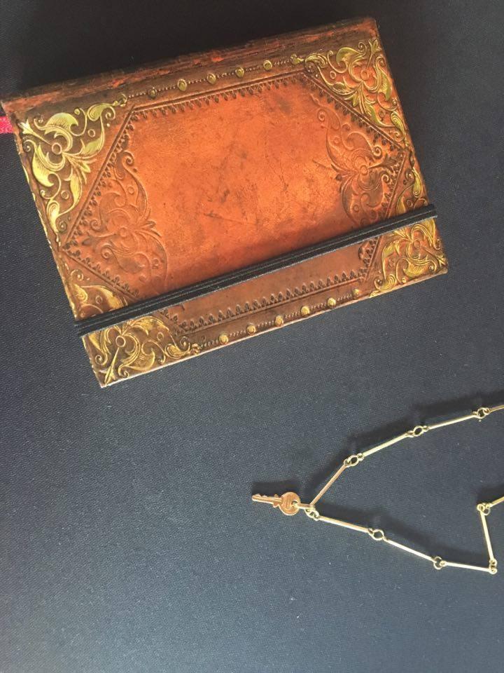 Libreta y llave, Branka1.jpg