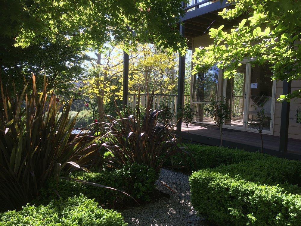 Emerald Ridge guest room garden