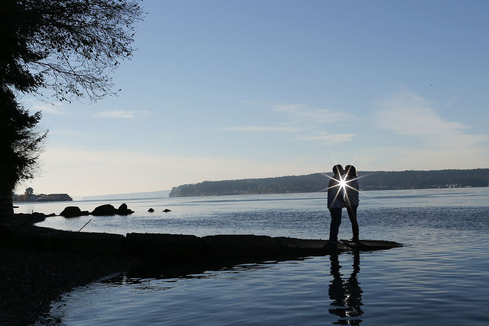 titlow-beach-engagment-9.png