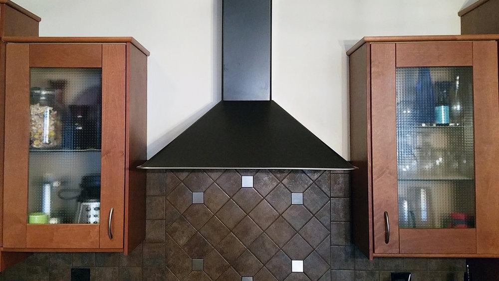 Kitchen Instal Overhead Vent and Backsplash Detail