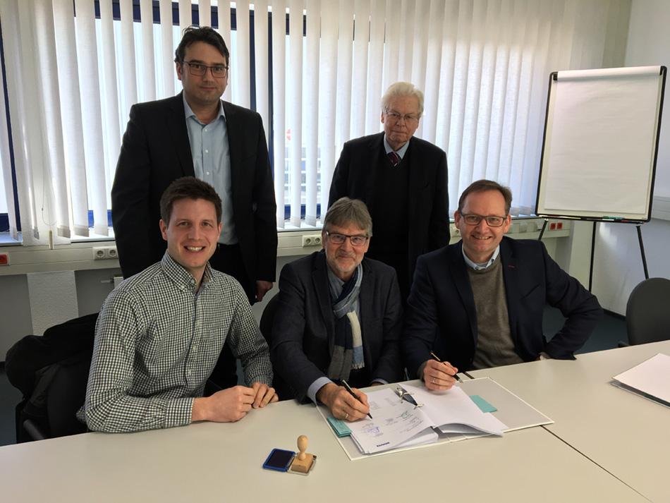 2017 02 15 - Kaufvertrag Schütz - Unterschriften.JPG