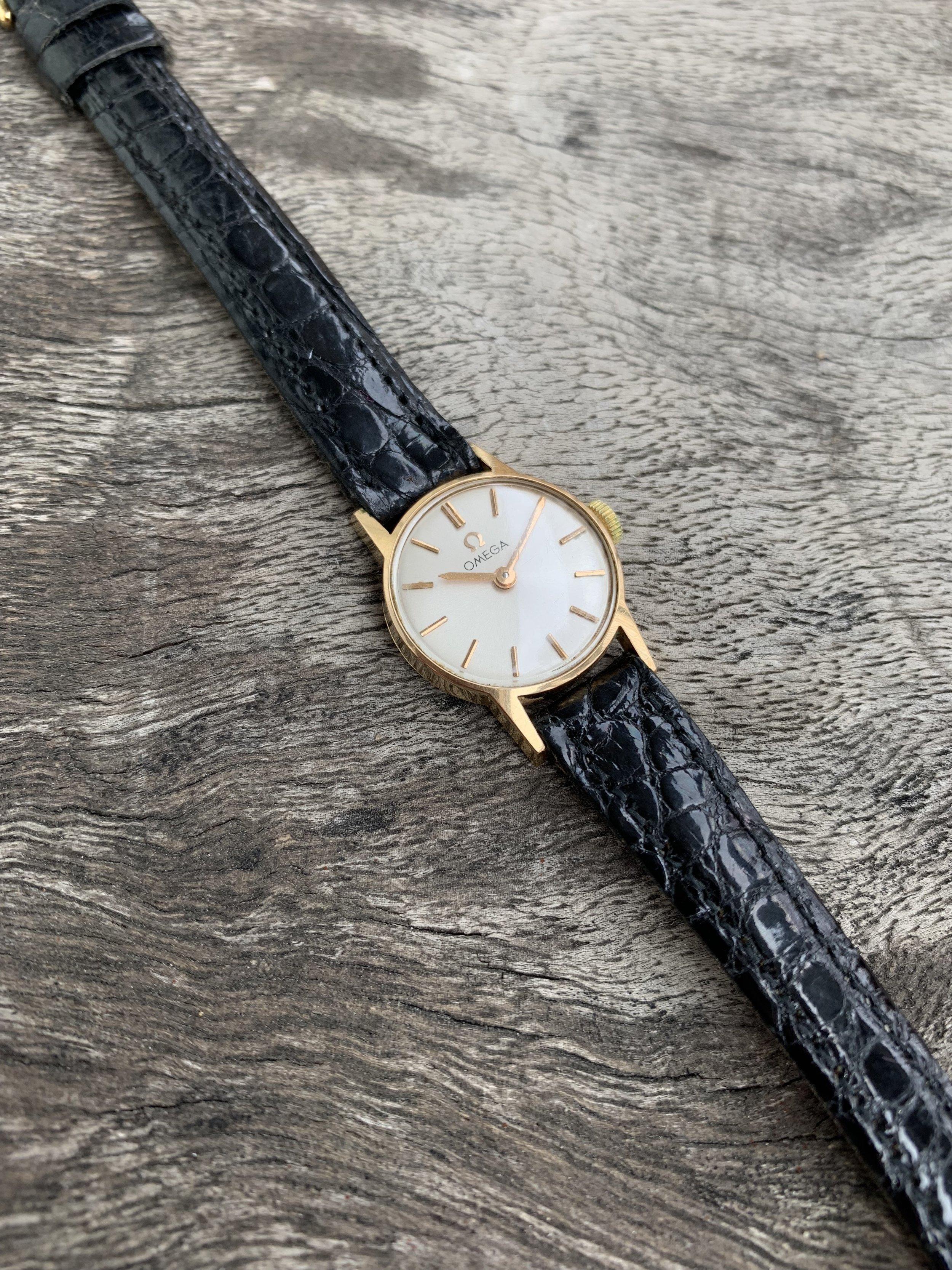 Montres Vintage — Bijoux Anciens Paris : E shop de Bijoux