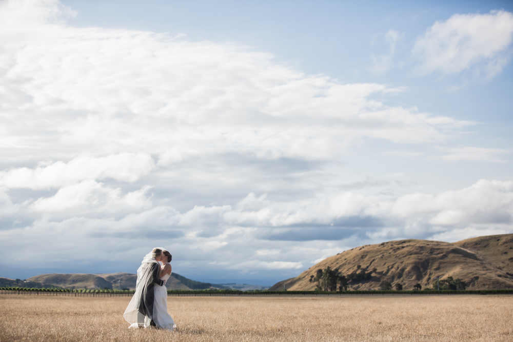 best hawkes bay wedding photographers
