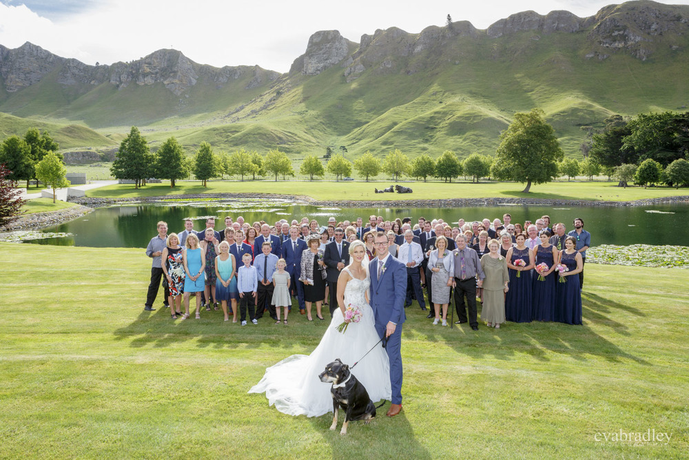 group photo craggy range wedding photography