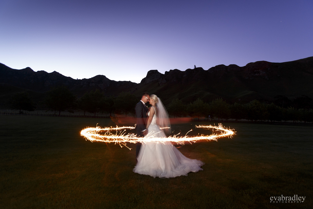 sparklers hawkes bay wedding photography