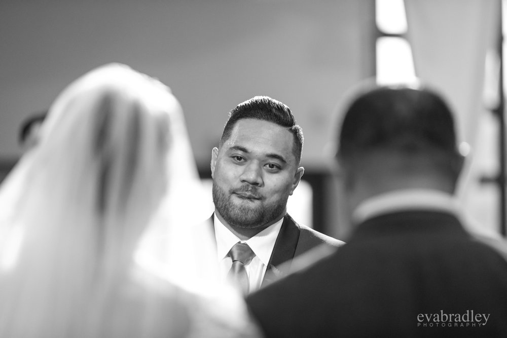groom-reaction-nz-weddings