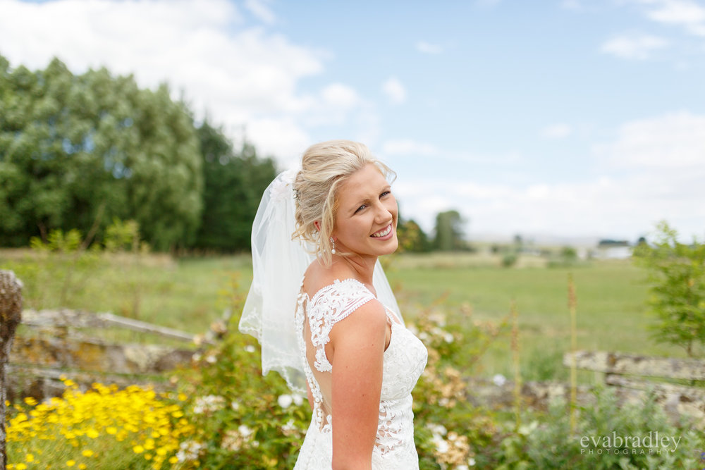 new-zealand-wedding-dresses-essence
