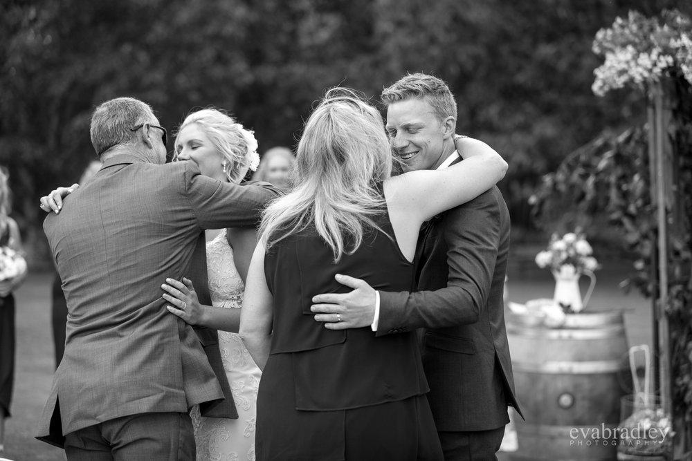 top-10-best-new-zealand-wedding-photographers