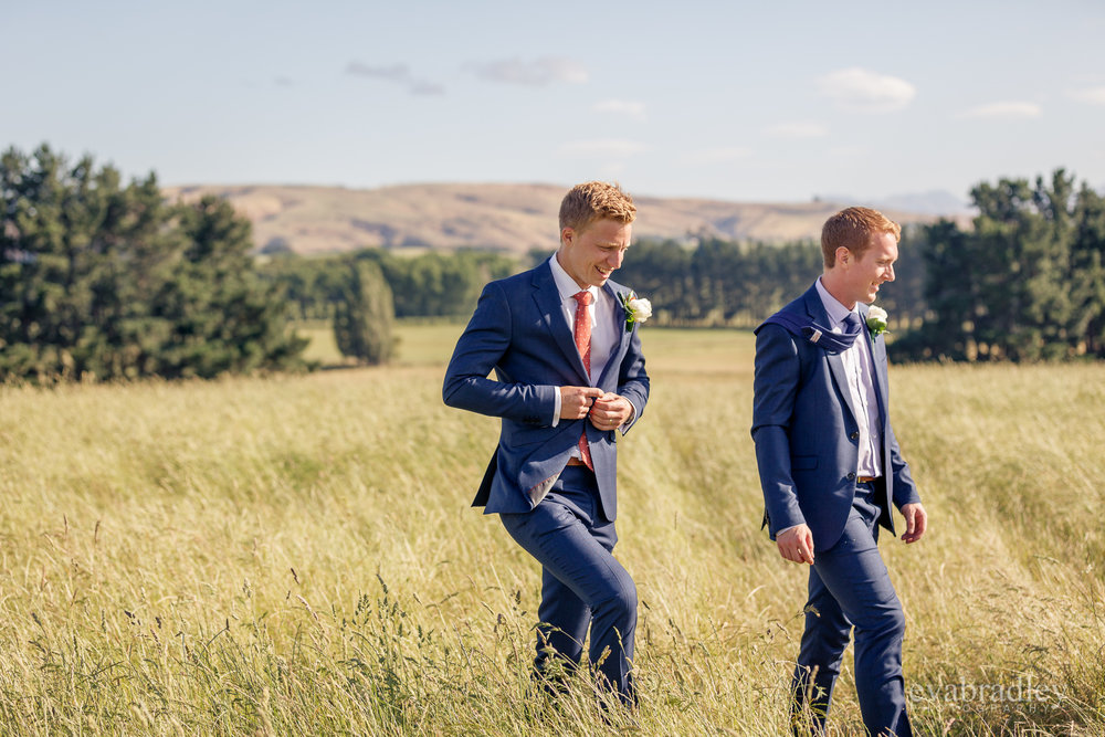 barkers-suits-weddings