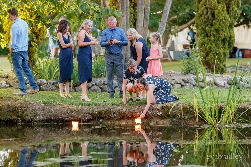 floating-candles-nz-wedding