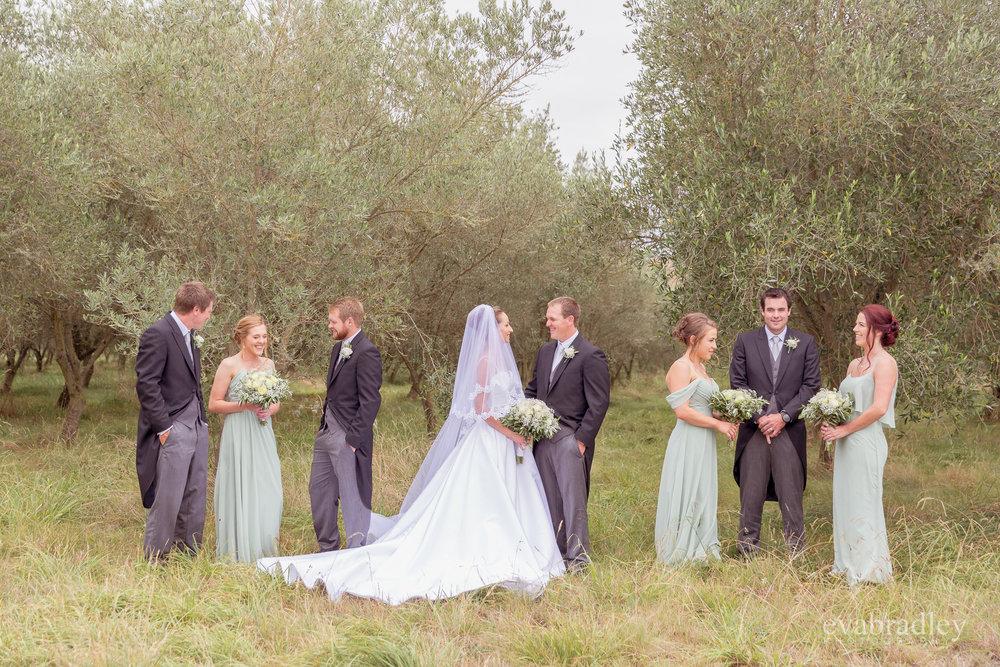 wedding-photographers-eva-bradley