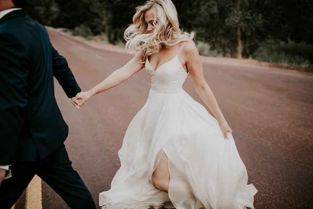 Zion-Elopement-Leanne-Marshall-Dress.jpg