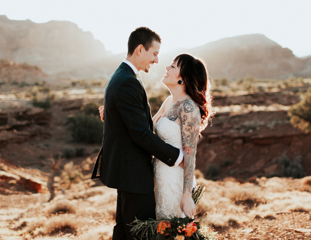 Capitol Reef Destination Wedding by Kandice Breinholt-1.jpg
