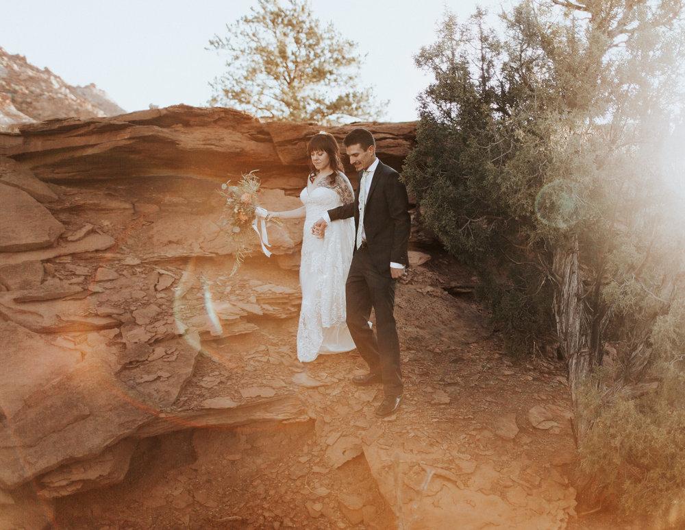 Capitol Reef Destination Wedding by Kandice Breinholt-4.jpg
