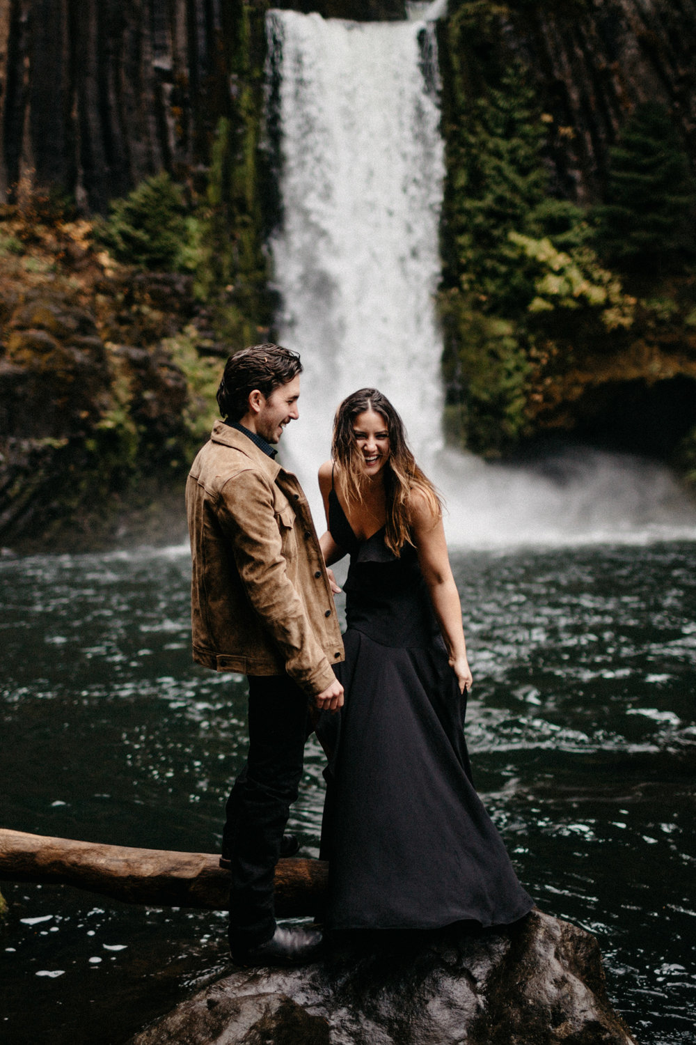 Toketee Falls Engagements by Kandice Breinholt-7.jpg