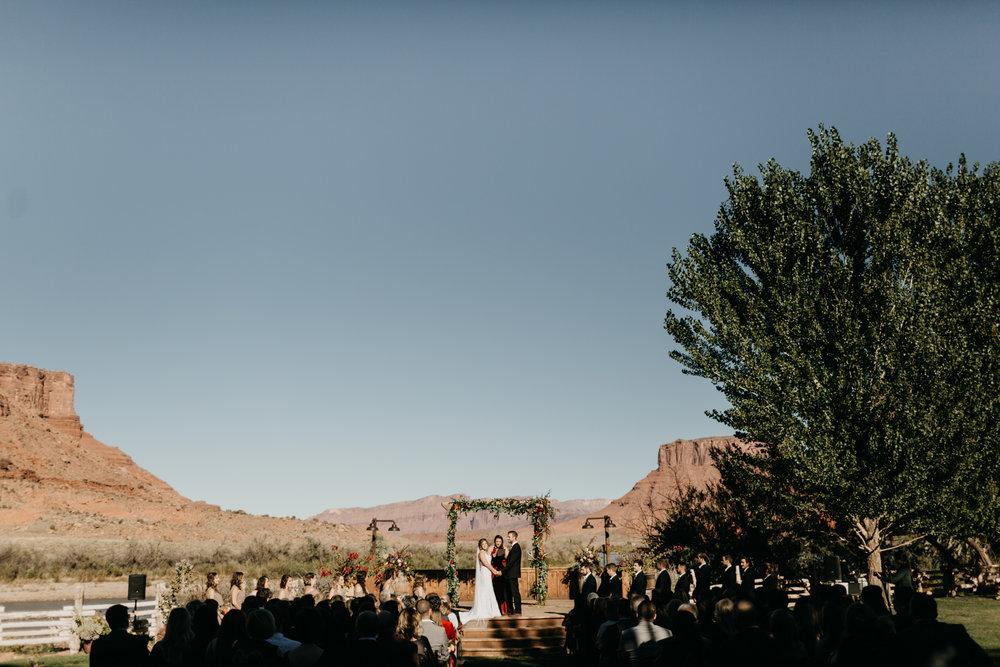 Moab Destination Wedding by Kandice Breinholt-17.jpg