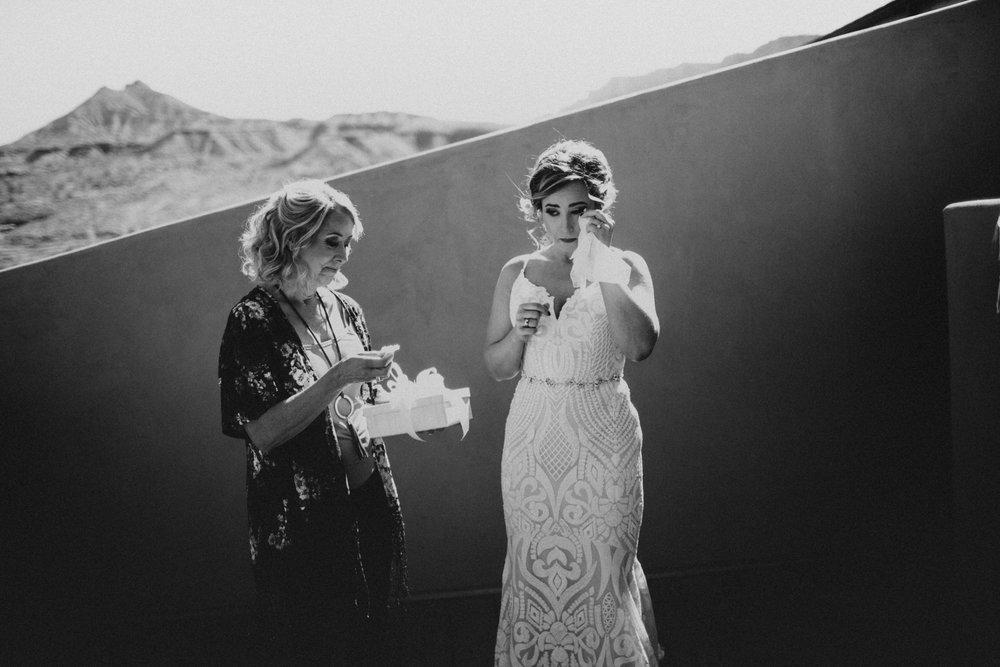 Moab Destination Wedding by Kandice Breinholt-26.jpg