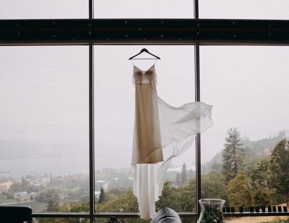 Wahclella-Falls-elopement-by-Kandice-Breinholt-8.jpg