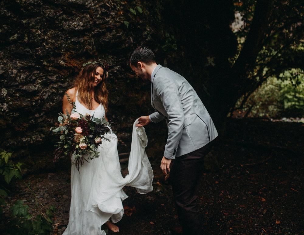 Wahclella-Falls-elopement-by-Kandice-Breinholt-74.jpg