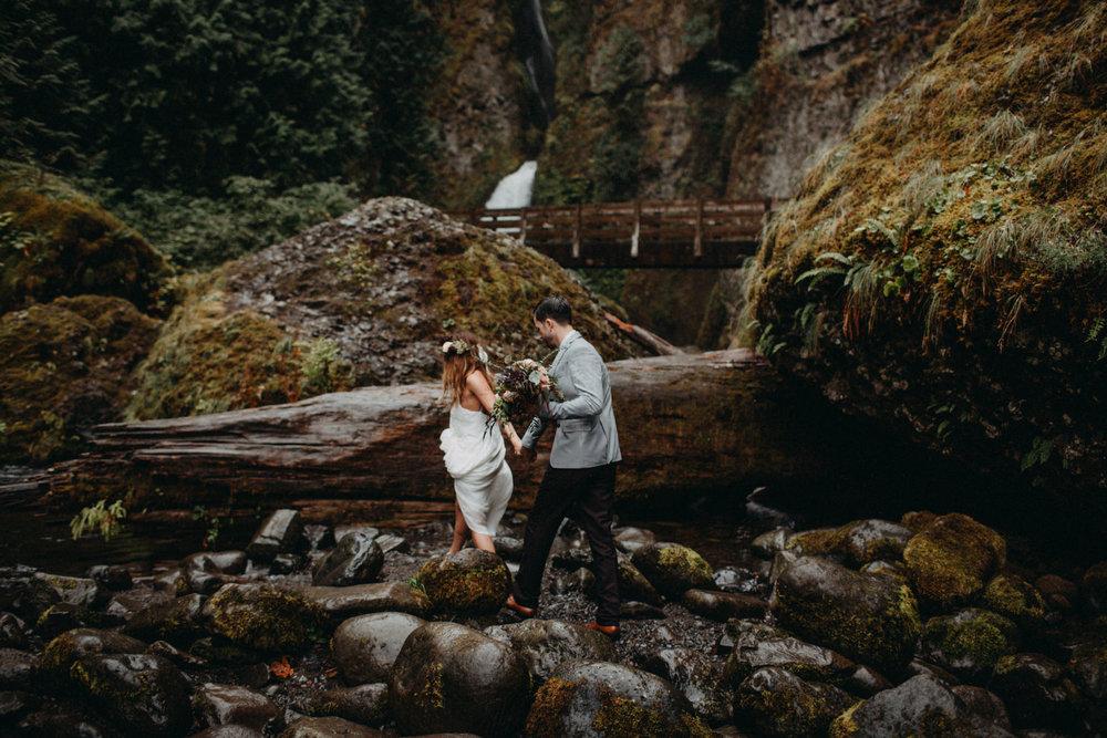 Wahclella-Falls-elopement-by-Kandice-Breinholt-76.jpg
