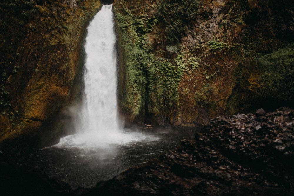 Wahclella-Falls-elopement-by-Kandice-Breinholt-78.jpg