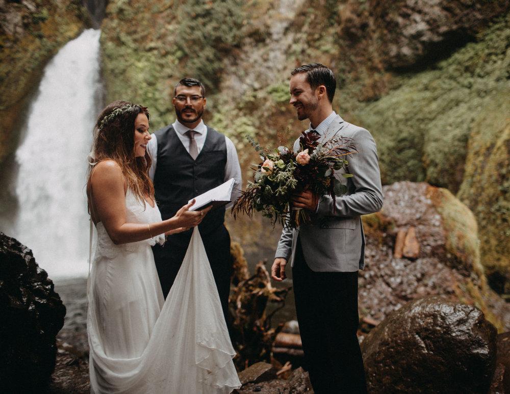 Wahclella-Falls-elopement-by-Kandice-Breinholt-86.jpg