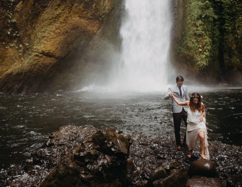 Wahclella-Falls-elopement-by-Kandice-Breinholt-95.jpg