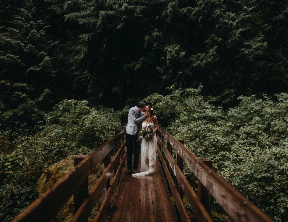 Wahclella-Falls-elopement-by-Kandice-Breinholt-102-1.jpg