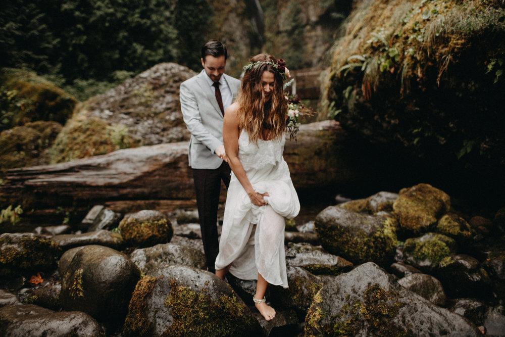 Wahclella-Falls-elopement-by-Kandice-Breinholt-103.jpg