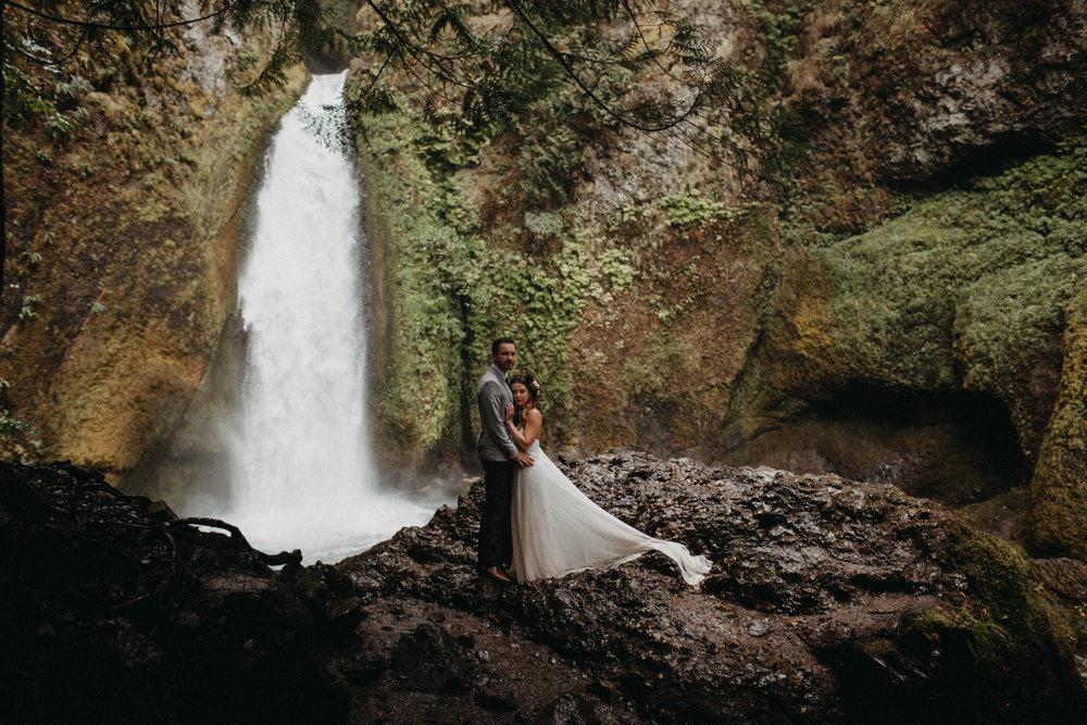 Wahclella-Falls-elopement-by-Kandice-Breinholt-121.jpg