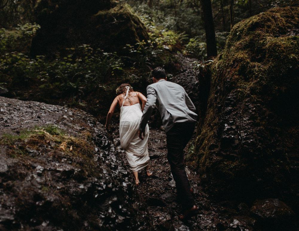 Wahclella-Falls-elopement-by-Kandice-Breinholt-124.jpg