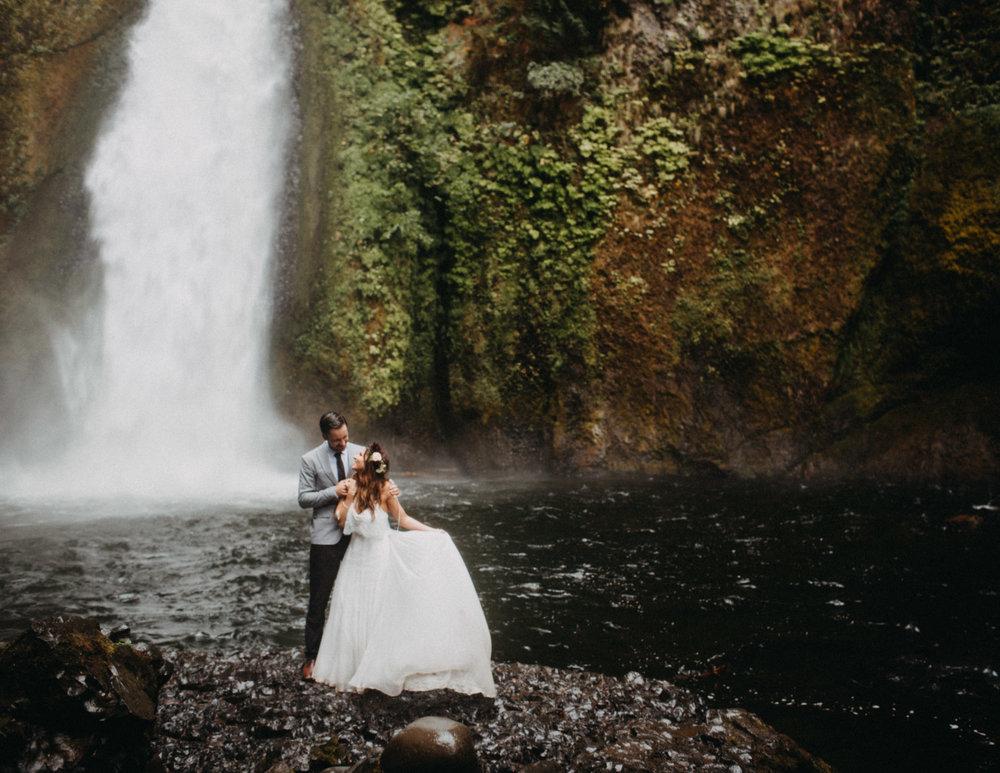Wahclella-Falls-elopement-by-Kandice-Breinholt-133.jpg