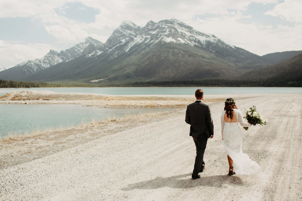 Banff forest and lake elopement | Banff Elopement Photographer Kandice Breinholt